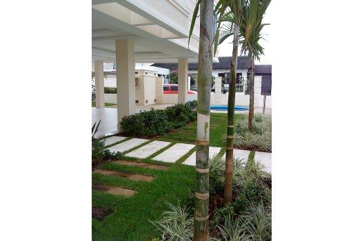 Paisagismo Edifício Porto Naus  - Florianópolis